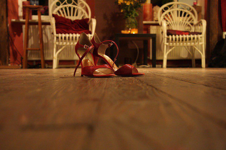 Музыкально-танцевальный вечер в честь 8 марта пройдет в ДК «Темп» в Шенкурском проезде
