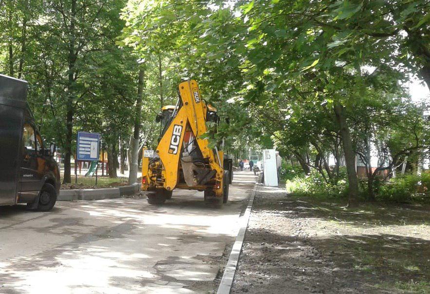 Возле «Кулинарии» на Мурановской сделают тротуар