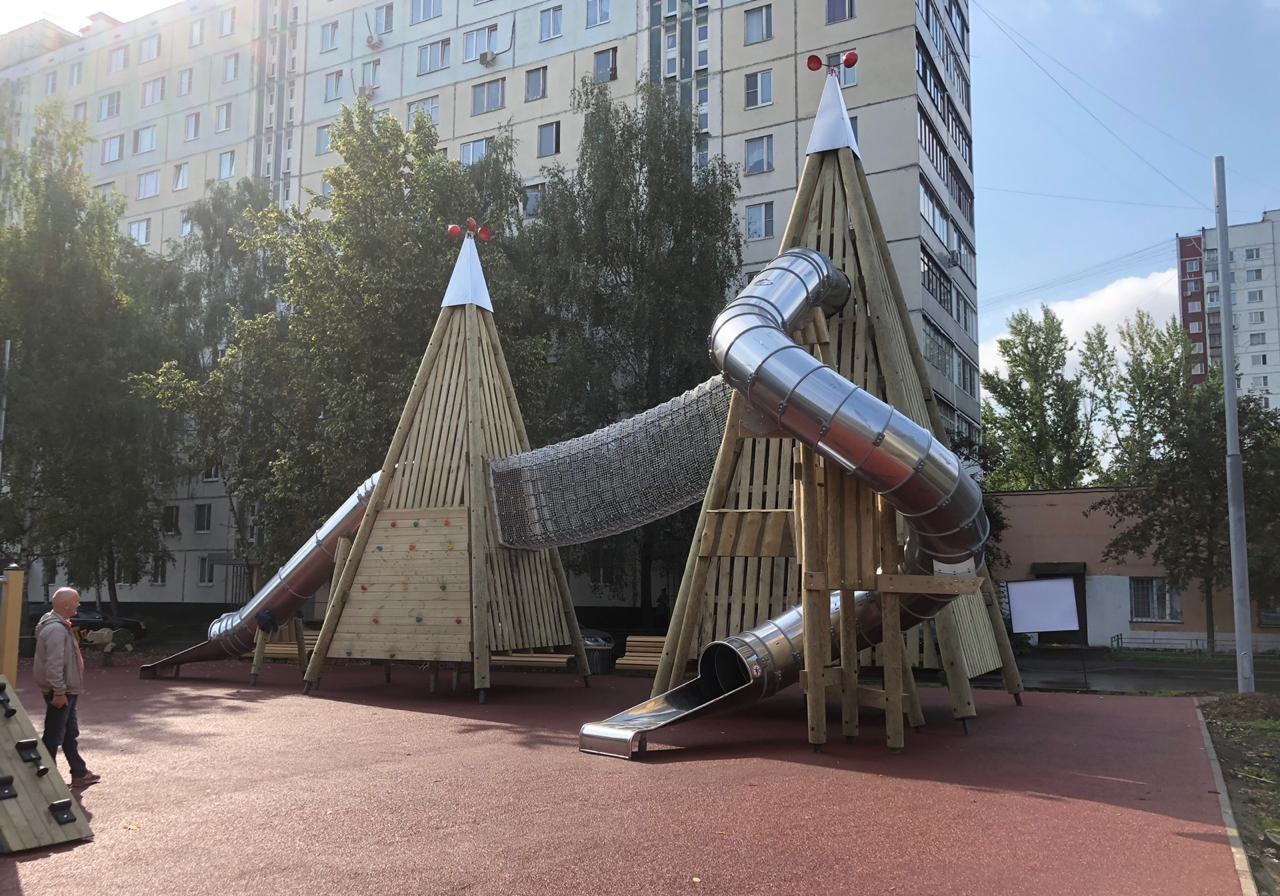 На улице Лескова завершено благоустройство новой детской площадки