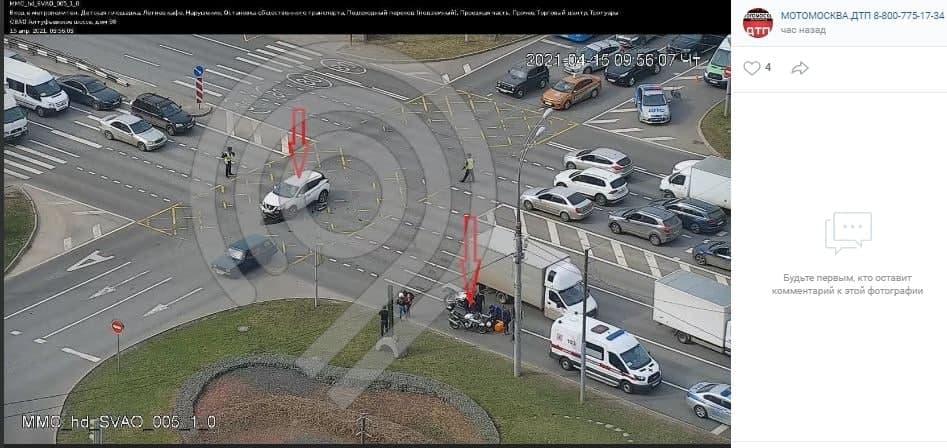 В районе Алтуфьевского шоссе, 86 утром было затруднено движение из-за ДТП с мотоциклом
